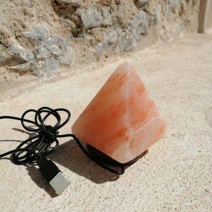 lampara de sal himalaya piramide de led colores